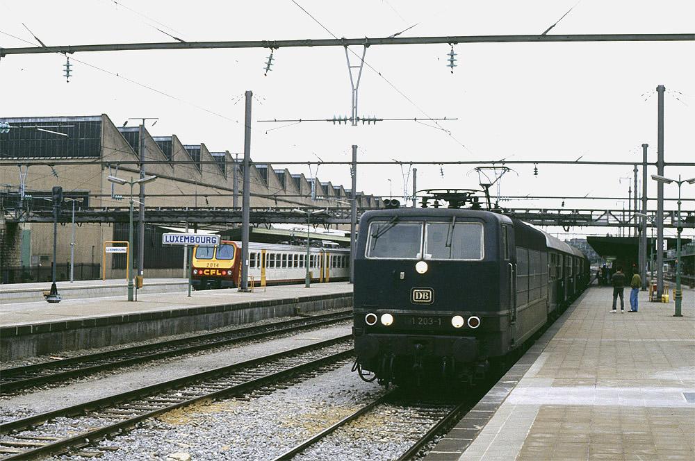 http://derschreier.de/Fotos/B7-06.jpg